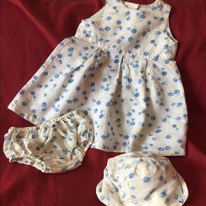 Baby GAP   Floral Print Dress Set